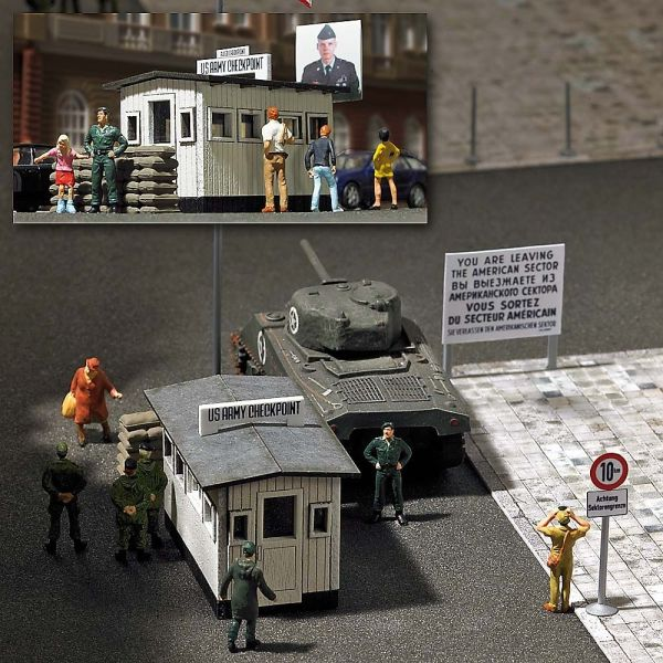 »Checkpoint Charlie«