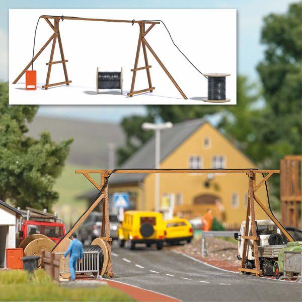 Kabelbrücke mit Baustromverteiler