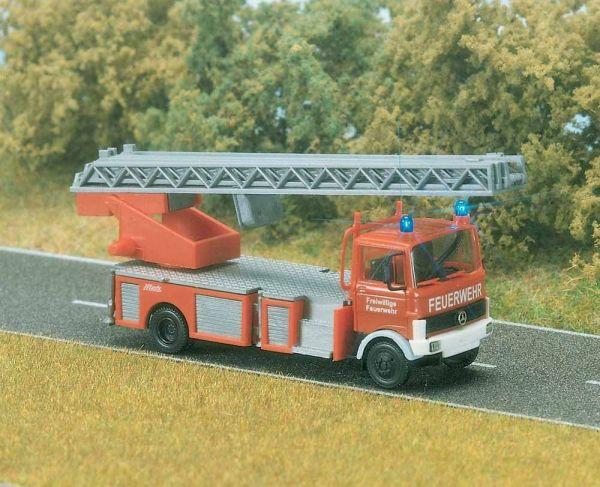 Feuerwehr-Leiterwagen Mercedes-Benz LP 809