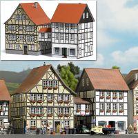 Häuser mit Übergang