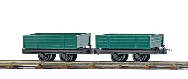 Zwei Niederbordwagen