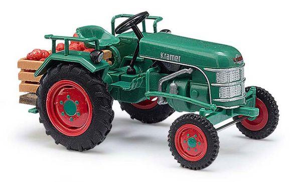 Traktor Kramer KL11 mit Apfelkiste