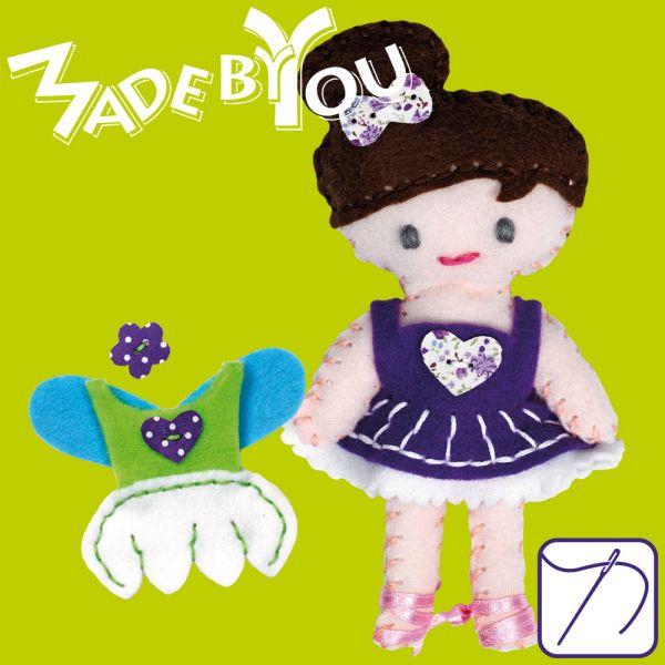 Puppe & 2 Kleidchen